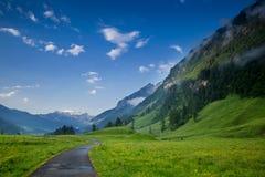 Mattina nelle alpi, Austria, Rauris Paesaggio della natura Immagini Stock