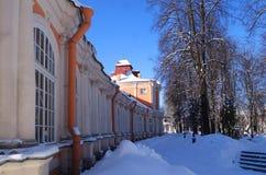 Mattina soleggiata gelida in Alexander Nevsky Monastery fotografia stock libera da diritti
