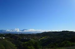 Mattina sopra le montagne e la valle di San Gabrial Fotografia Stock