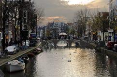 Mattina sul canale a Amsterdam Fotografie Stock Libere da Diritti