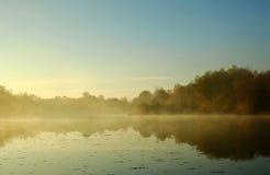 Mattina sul fiume Immagine Stock