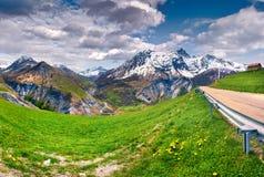 Mattina variopinta della molla nelle alpi della Francia Fotografia Stock Libera da Diritti