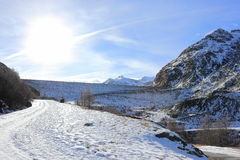 Mattmark fördämning Saas dal, Valais, fjällängarna, Schweiz Royaltyfri Foto