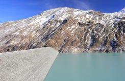 Mattmark fördämning Saas dal, Valais, fjällängarna, Schweiz Royaltyfria Foton