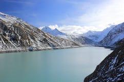 Mattmark fördämning Saas dal, Valais, fjällängarna, Schweiz Arkivfoton