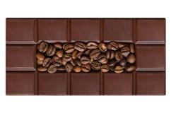 Mattonelle del cioccolato, riempite di chicchi di caffè Immagine Stock