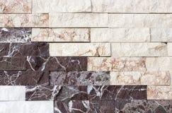 Mattonelle del travertino, colore del materiale da costruzione del mattone fotografie stock