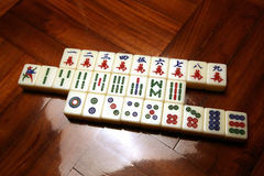 Mattonelle di Mahjong nelle righe Immagine Stock Libera da Diritti
