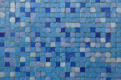 Mattonelle di mosaico blu Fotografie Stock
