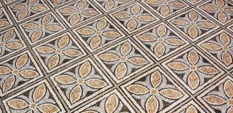 Mattonelle di pavimento del fiore Immagini Stock