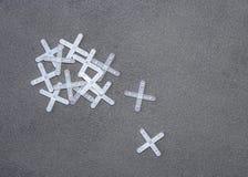 Mattonelle di pavimento e distanziatori delle mattonelle Fotografia Stock