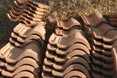Mattonelle di tetto della costruzione Immagine Stock