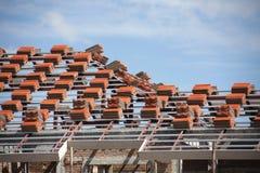 Mattonelle di tetto della preparazione Immagine Stock
