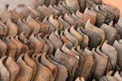 Mattonelle di tetto di terracotta Immagine Stock
