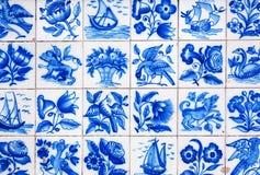 Mattonelle portoghesi tradizionali fatte a mano (azulejos), Lisbona, Portogallo Fotografia Stock Libera da Diritti