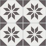 Mattonelle senza cuciture d'annata della parete del poligono bianco nero consumato Fotografia Stock Libera da Diritti