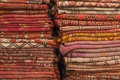 Mattor i Marocko, orientaliska marockanska ornamets Arkivbild