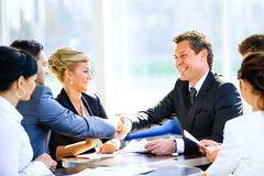 Mature businessman shaking hands Royalty Free Stock Photography