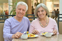 Free Mature Couple At Restaurant Royalty Free Stock Photo - 68610985