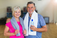 Mature couple doing fitness exercises Royalty Free Stock Photo