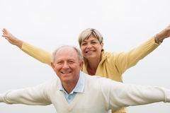 Mature couple having fun Royalty Free Stock Images