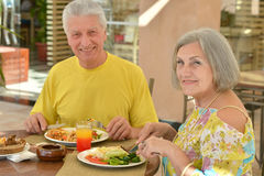 Mature couple at restaurant Royalty Free Stock Photography