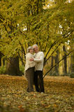 Mature couple walking Royalty Free Stock Photography