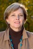 mature smiling woman στοκ εικόνα με δικαίωμα ελεύθερης χρήσης