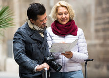 Mature tourists couple outdoor Royalty Free Stock Image