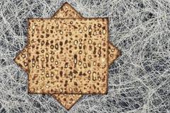 Matzah på gladlynt feriepesah för pesah arkivbilder