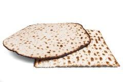 Matzah två på vit Arkivbild