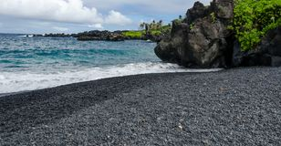Maui. Coastline with blue skies and lava rocks Stock Photography