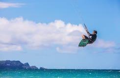 Maui Kiter bij Kanaha-Strandpark Stock Foto
