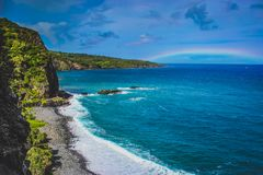 Maui strandregnbåge royaltyfria foton
