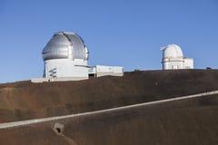 Mauna Kea Gemini North Telescope e Universidade do Havaí 2 telescópio de 2m fotos de stock