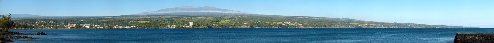Mauna Kea Panorama. Cloudless panorama of Mauna Loa, Hilo, Mauna Kea and Hilo Bay Royalty Free Stock Image