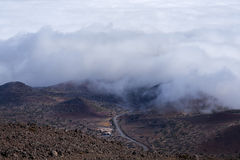 Mauna Kea ranger station viewed from mountain above Stock Images