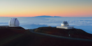Mauna Kea se resume en la isla grande de Hawaii Imagen de archivo