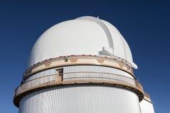 Mauna Kea University av Hawaii 2 2m teleskop, stor ö, Hawaii Royaltyfria Bilder