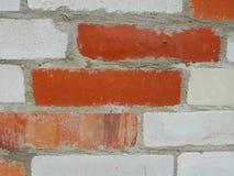 maurerarbeit Zusammenstellung, eine Kombination von Rotem und von weißem, Kalksandstein Stockbild