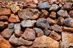 Maurerarbeitbeschaffenheit in alter Mittelmeerwand Spaniens Lizenzfreies Stockbild