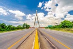 Mauricio BÃ ¡ ez overbrugt, een kabel-gebleven brug dichtbij San Pedro de Macoris, Dominicaanse Republiek Royalty-vrije Stock Foto's