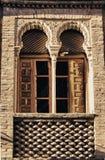 Maurisches Ziegelsteinfenster Stockbilder