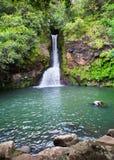 Mauritius. Mali spadki w dolinie 23 kolorów Uziemiają parkowy aux w słonecznym dniu Fotografia Royalty Free