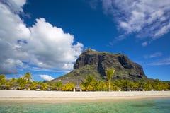 Mauritius vit strand Fotografering för Bildbyråer