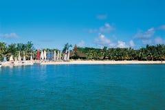 Mauritius; watersport och ferie-paradies på det lyxiga hotellet S royaltyfria foton