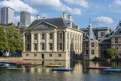 Mauritshuis和Torentje海牙 库存照片