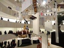 Maurizio Cattelan: Все на Guggenheim NYC 12 Стоковые Изображения