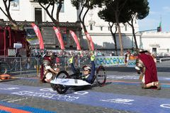 Mauro Cratassa wint de 24ste uitgave van de Marathon van Rome Stock Fotografie