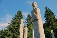 Mausoléu dos heróis de Moisei no vale de Viseului, Maramures Romênia Imagens de Stock